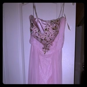 New with tags size 8 Tony Bowls Desiner Gown
